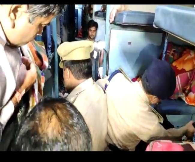 police-started-search-operation-in-trains-from-har